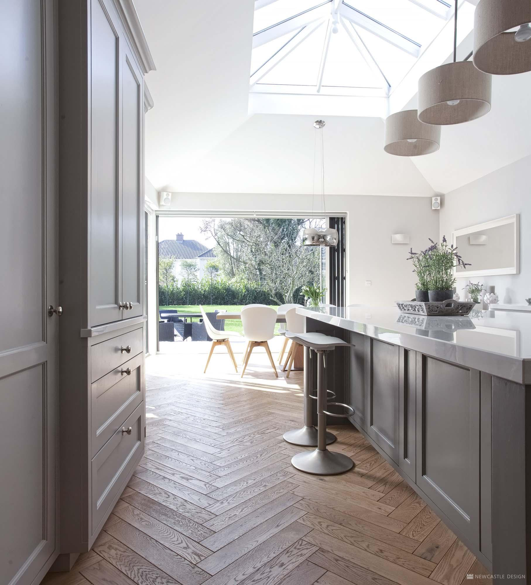 Country Chic | Classic Kitchens | New Kitchens | Hamptons ...