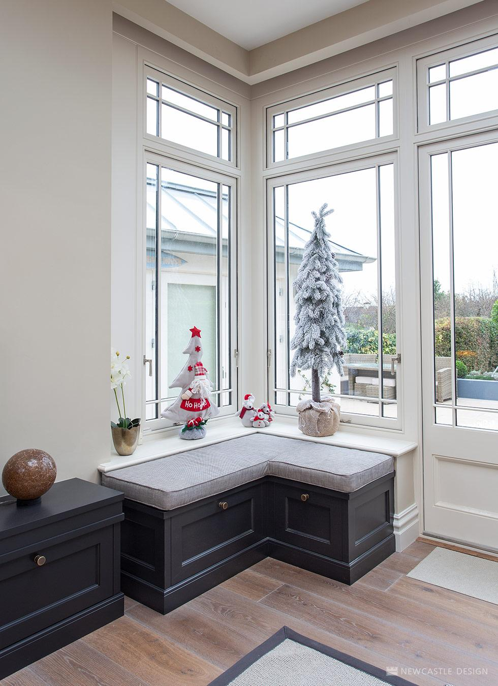 Fabulous Window Seating Kitchen Window Seating Natural Lighting Machost Co Dining Chair Design Ideas Machostcouk